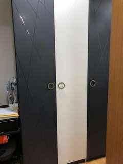 Star living 3 door Designer wardrobe cabinet white&gray