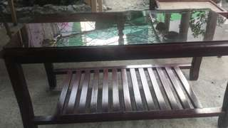 Center table with glass top 41.5x19 free ko n sf pag pasig