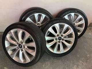 """Hyundai sonata mags and tires 18"""""""