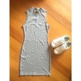 Sleeveless short bodycon dress
