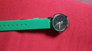 Ladies watch onhand