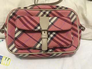 Authentic Burberry Bluelabel sling bag