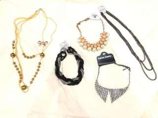 Necklace Set - Kalung Pesta Set (1)