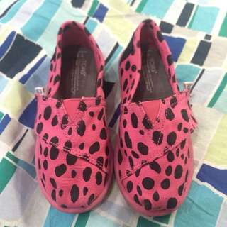 Toms toddler shoes T8
