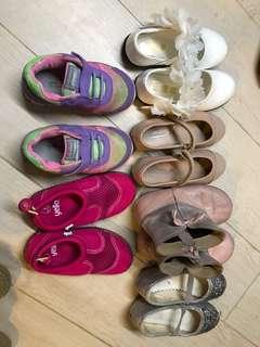 Girls' used shoes sz EU24-26