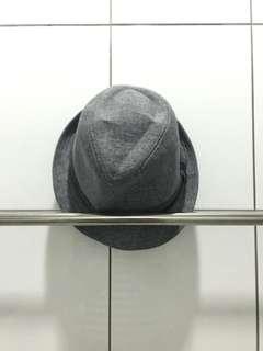 灰色紳士帽