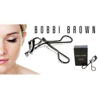 BOBBI BROWN 黑色睫毛夾