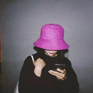 【黑店】歐美春夏新款 原宿個性麂皮絨雙面漁夫帽 個性帽子百搭 性冷淡風紫紅色漁夫帽 紫色盆帽 情侶帽