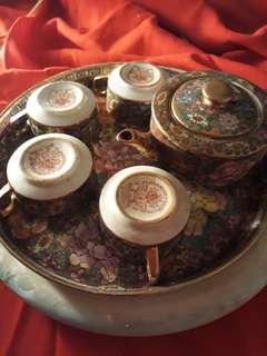 🚚 古董瓷器茶壺組