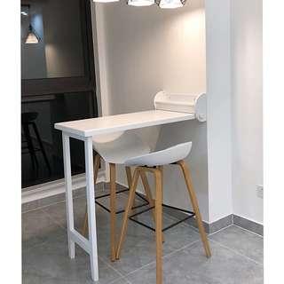 Foldable bar table