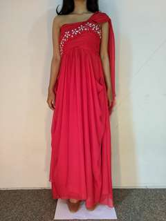 Gown gaun merah preloved