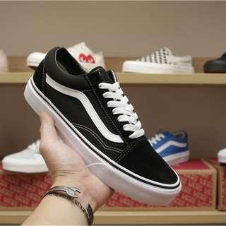 範斯Vans Old Skool女鞋經典款男鞋低幫滑板鞋黑白