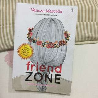 FRIEND ZONE ( WATTPAD ) - BUKU NOVEL REMAJA