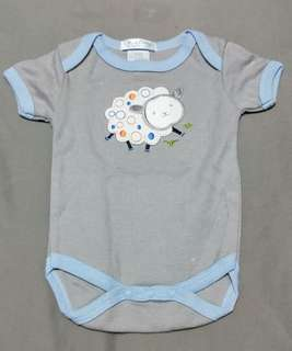 Baby clothing - romper