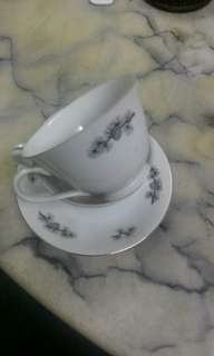 "Fine Seyei China ""Black Pine"" 1 x cup and 2 saucer"