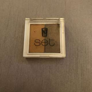 Napoleon Perdis Eyeshadow duo