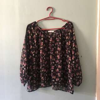 Floral 3/4s top/cover-up