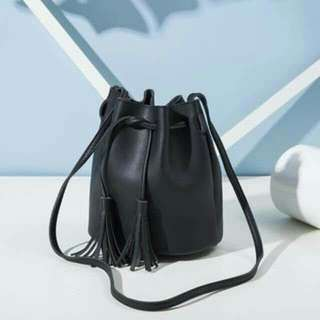 Bucket bag by miniso