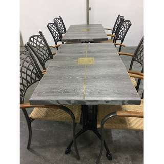 Many dining tables and chairs