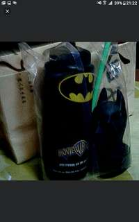 Warner BRoTHERS UNIVERSAL STUDIOS AUSTRALIA BATMAN  BIG TuMBLER Brand New  See Card For Size Estimation  Pick Up Hougang Buangkok Mrt