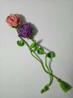 Flower crochet bookmarks