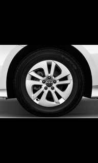 Toyota Prius wheel cap 2 pieces