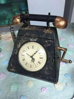 銅做䭚,電話擺設