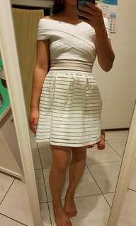 Size 6 showpo white dress