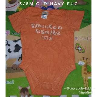 3/6m old navy onesie