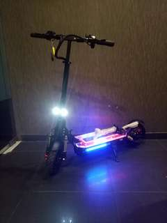 52v 1200w ultron escooter dual suspension