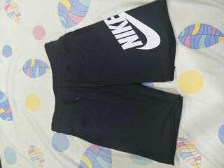 Nike不收邊棉短褲 550含運帶走