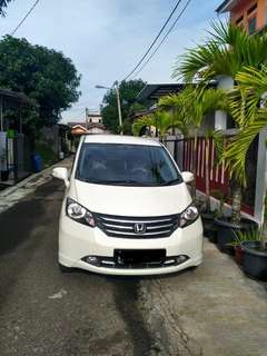 HONDA FREED PSD AT 2012 (SIAP MUDIK)
