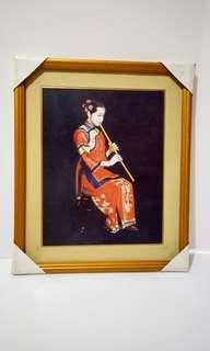 Lukisan perempuan main musik
