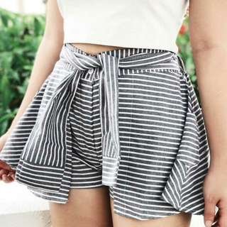 Ribbon tied skort #swap