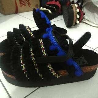 Sepatu Sendal Bohemian