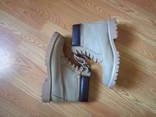 REPRICED ! Timberland Inspired Boots (SoFab)