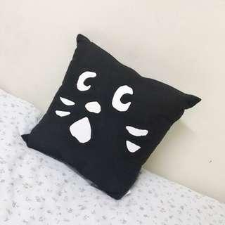 Né-net 驚訝貓 方形抱枕玩偶
