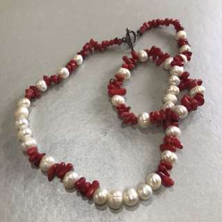 Pearl and coral Necklace with bracelet