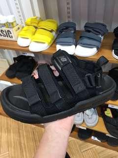 new balance 涼鞋 (齊size)