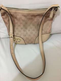 Sling bag Gucci