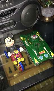 Tin toys tank mickey mouse