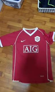 Authentic Manchester United Home Jersey No. 7 Ronaldo youth size