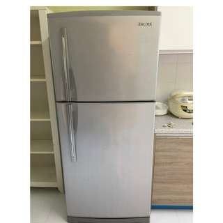 2 Door Hitachi  Refrigerator -Freezer