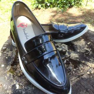 Loafer Wondershoe Ricci (glossy)