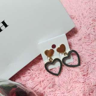 韓❤️愛心皮革耳環