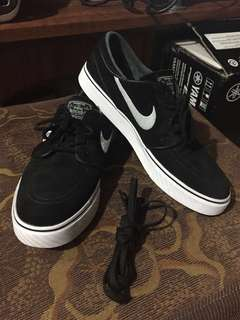 Janoski OG Venom Sb Nike(Rarely Used) Good As New