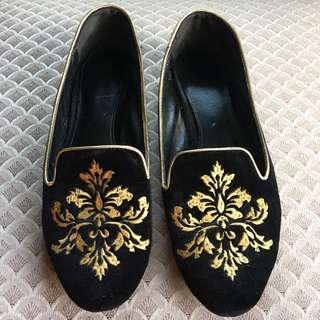 CHARLES AND KEITH VELVET BROCADE