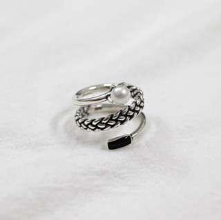 Triple Layer Twisted Ring with Pearl 珍珠麻花編織925純銀戒指