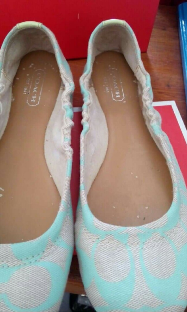 572ac6abf Coach Aly Signature C Tiffany Blue Ballet Flats w/ Box, Women's Fashion,  Shoes on Carousell