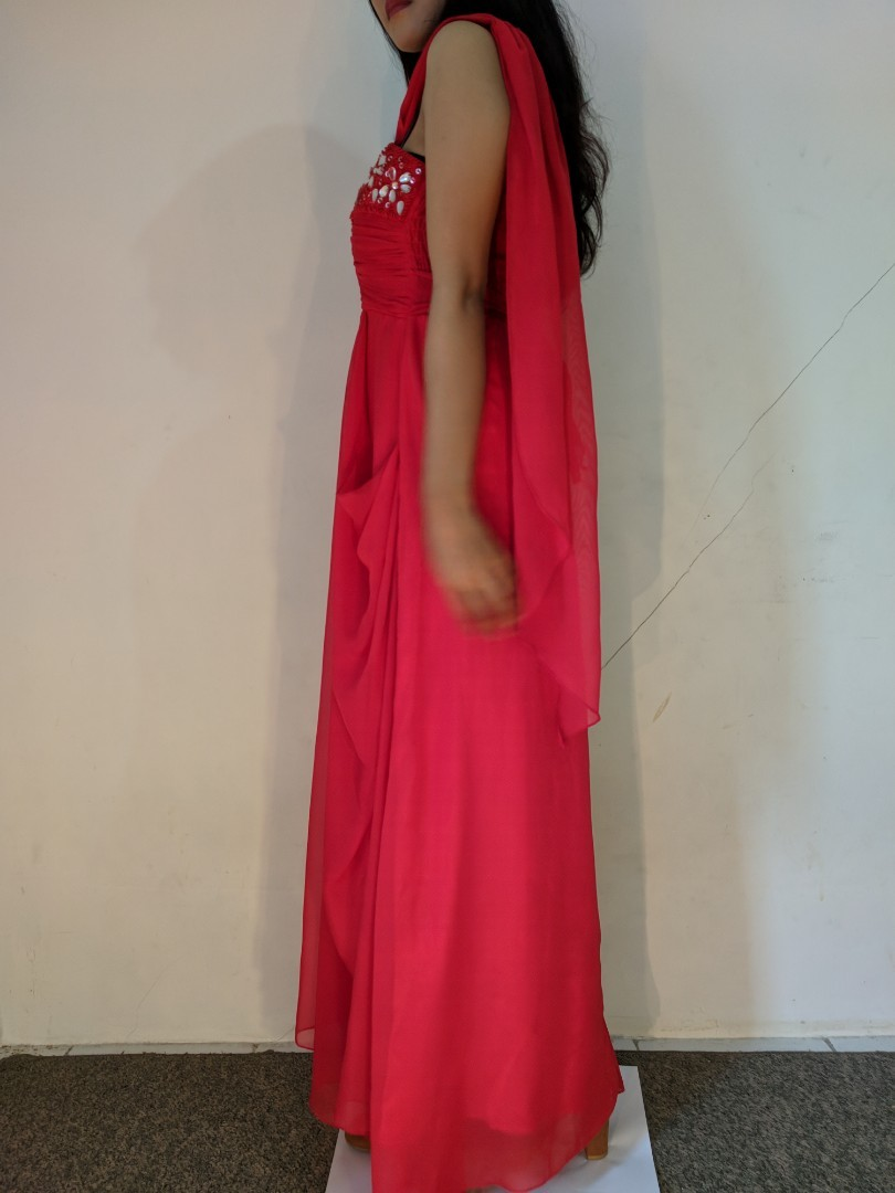 Gown gaun merah preloved